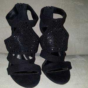 Shoes - Black Embellished Heels Size 6